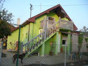 - 90 m2, plac 4 a, zabelski put